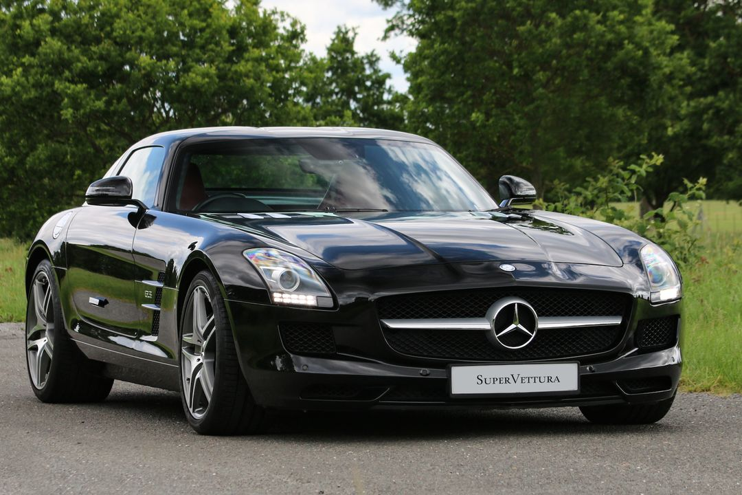 2012 Mercedes SLS 63 AMG Coupe